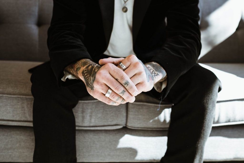 5 Careers in which tattoos are not done