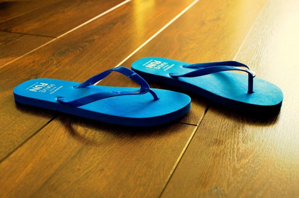 Why your hairdresser is not allowed to wear flip flops
