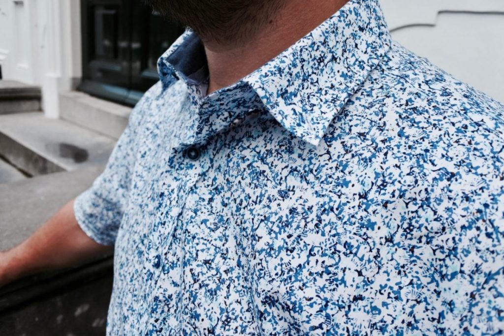 Presentable shirts in summer
