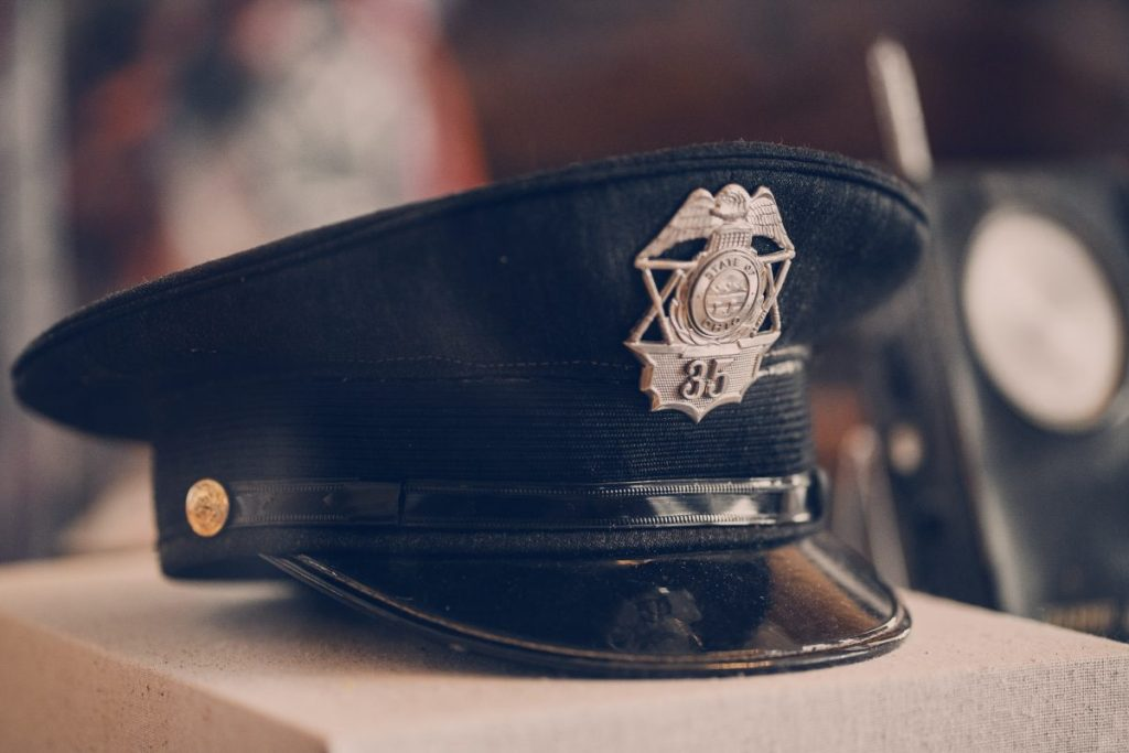 Why police officers wear uniforms on television